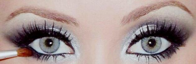 4b8551775 Azurové, modré a studené svetlá farby naopak spôsobia, že vaše oči budú  modrejšie.